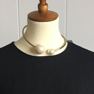 Jewelry - PEARL GOLD CHOKER